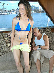 Hot brunnette babe and her sexy bikini get analized on her first boat ride