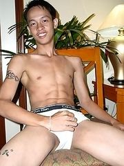 16 pics of young asian twink in a stripping action