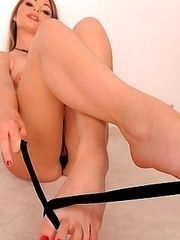 Foot fetish lover Nelly strips