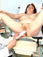 Fat old mature Katerina visits her gynecologist