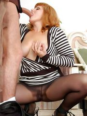Viola&Rolf pantyhosefucking cute mature babe