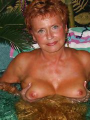Valerie fucking loves showing of her amazing granny tits in the hottub!