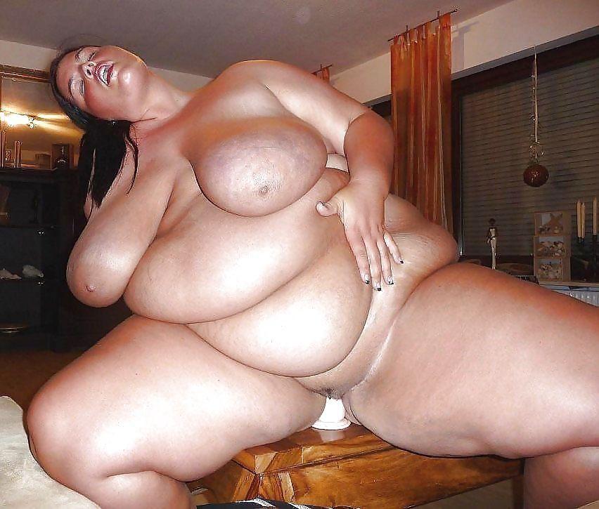 Посмотрите на частные фото этой толстушки — pic 1