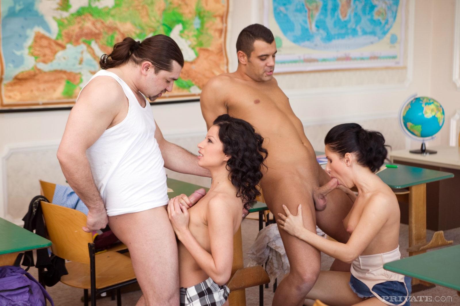 Студенты сдают экзамен сексом 6 фотография