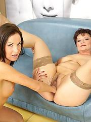 Milf home video solo fuck