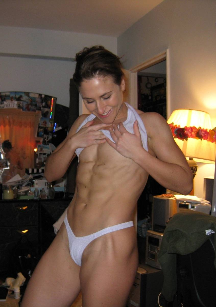 Picture From Muscle Women-8583