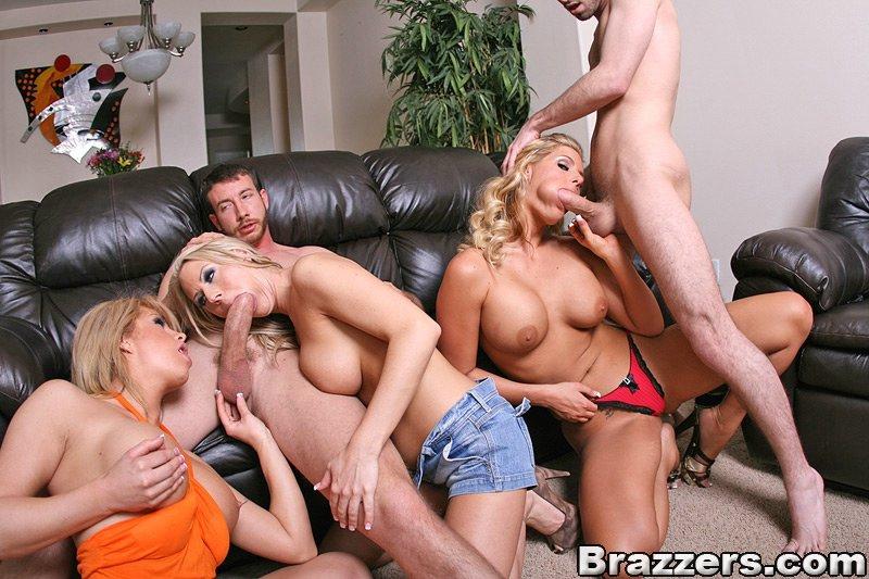 жесткое порно фото с сайта brazzers