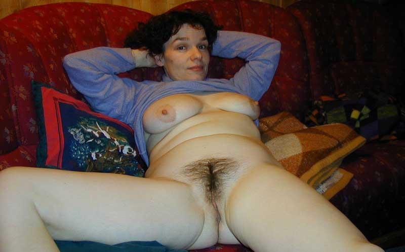 фото голых русских баб с волосатыми лобками