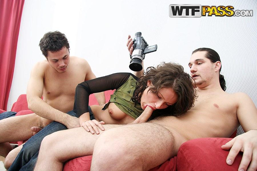 gruppovoe-onlayn-porno-studentov