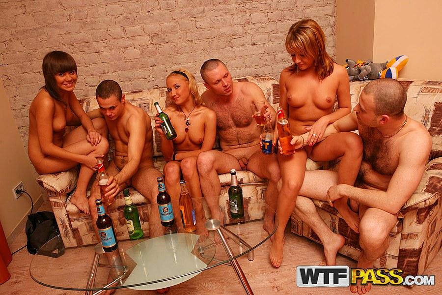 Порно фото молодежь голые самые