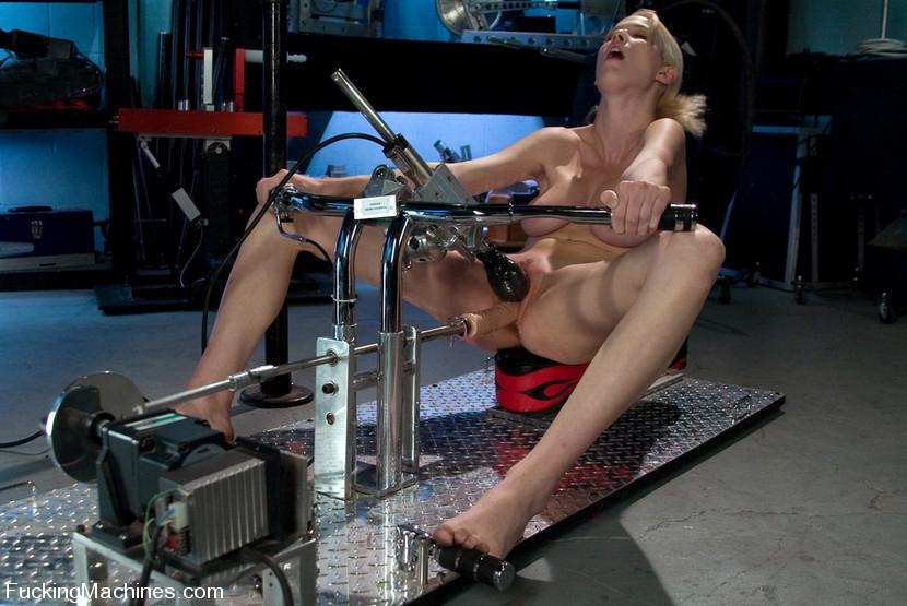 секс машины смотреть онлайн в хорошем качестве